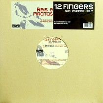 12 FINGERS  ft. VIVIANNE CRUZ : REIS E PIRATAS