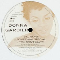 DONNA GARDIER : DECISIONS